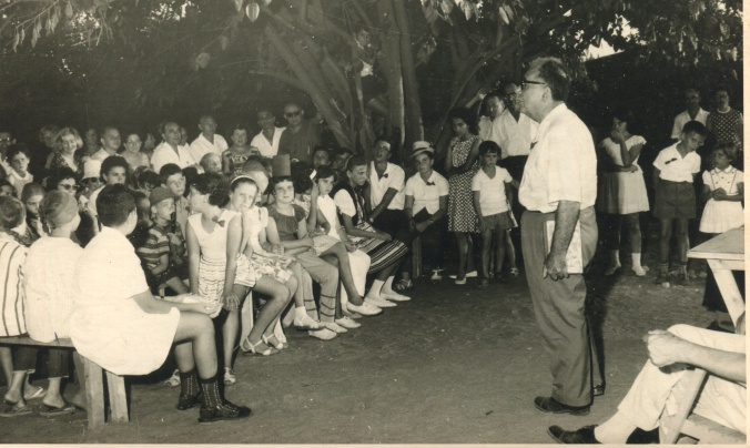 shloime_in_israel_teaching_1963